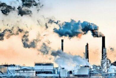 उत्तराखंड में हवा को जहरीली बना रहे उद्योगों पर अब पर्यावरण संरक्षण एवं प्रदूषण नियंत्रण बोर्ड ने शिकंजा कस दिया है।