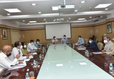 मुख्यमंत्री श्री तीरथ सिंह रावत ने नई दिल्ली में केंद्रीय मंत्री रेल, वाणिज्य एवं उद्योग, उपभोक्ता मामले, खाद्य एवं सार्वजनिक वितरण श्री पीयूष गोयल से भेंट कर राज्य से संबंधित विभिन्न बिंदुओं पर विचार विमर्श किया।